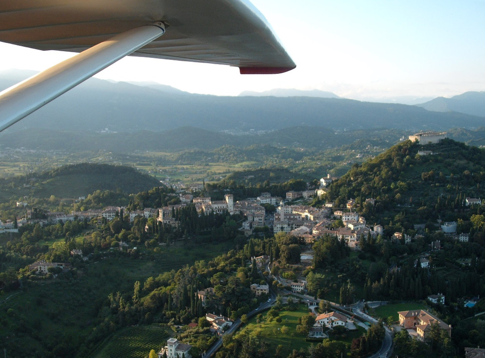 <p>Asolo and the stronghold (TV)</p>