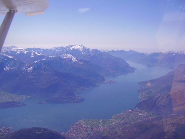 Frank Metzger over Iseo lake and Alps